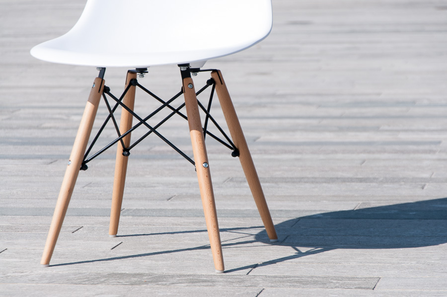 Eames Chair Replica Shooting_900-66 ⋆ Reiseblog, Food & Lifestyle ...