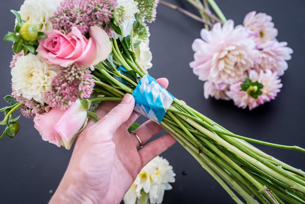 Brautstrauss Selber Binden Einfach Erklart Hochzeits Diy