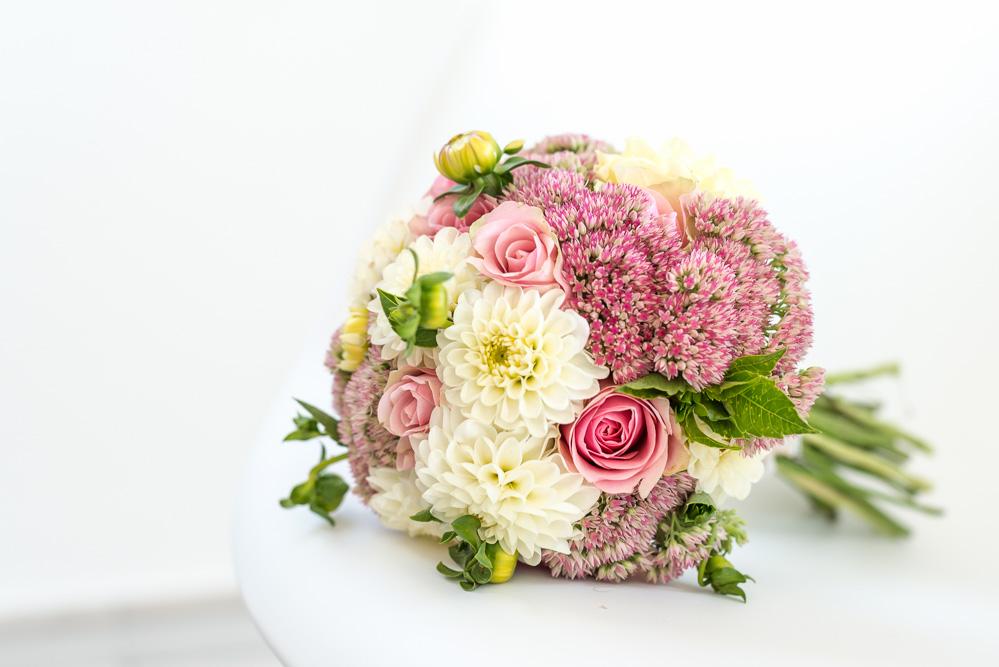 Brautstrauss selber binden Hochzeit