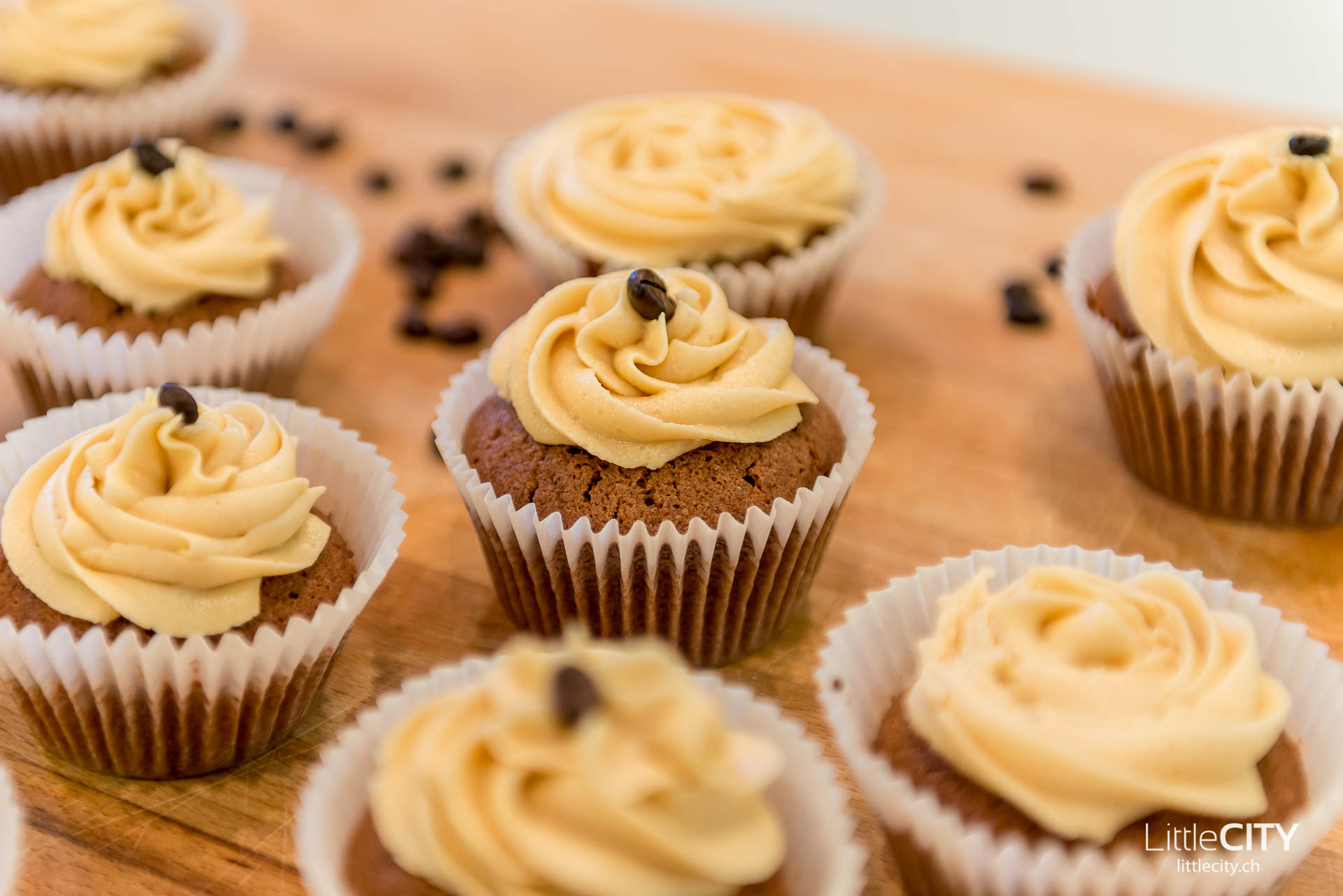 espresso cupcakes mit kaffee topping rezept melitta give. Black Bedroom Furniture Sets. Home Design Ideas