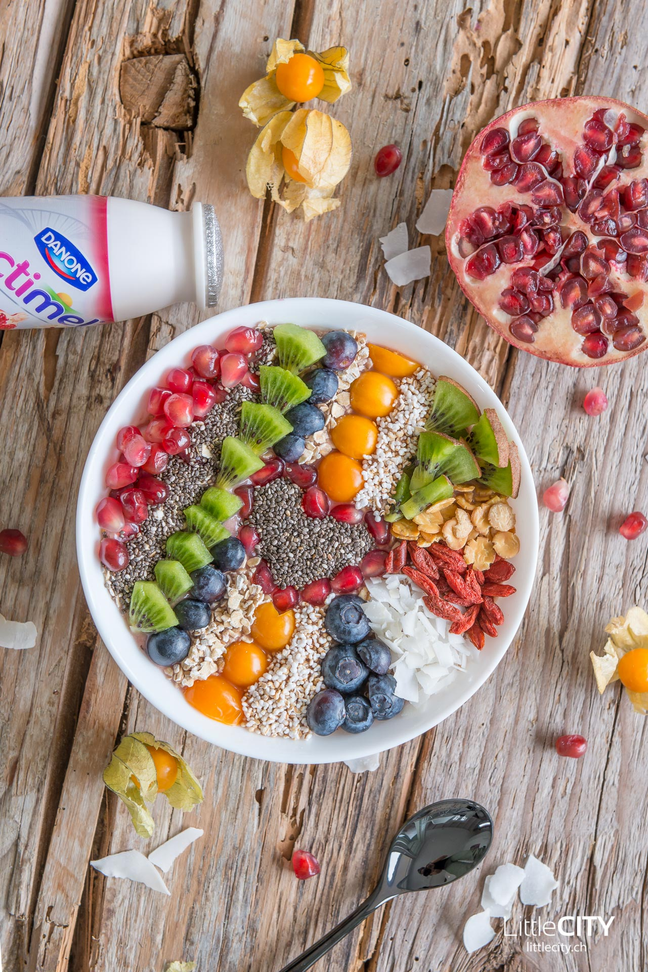 Smoothie Bowl Chia Granatapfel