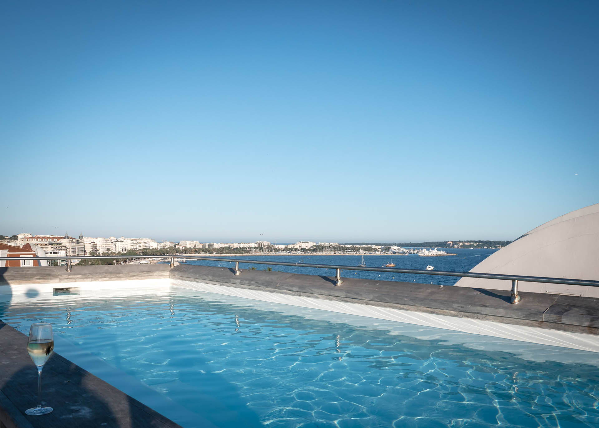 Cannes Hotel Majestic Kering Suite Pool-1