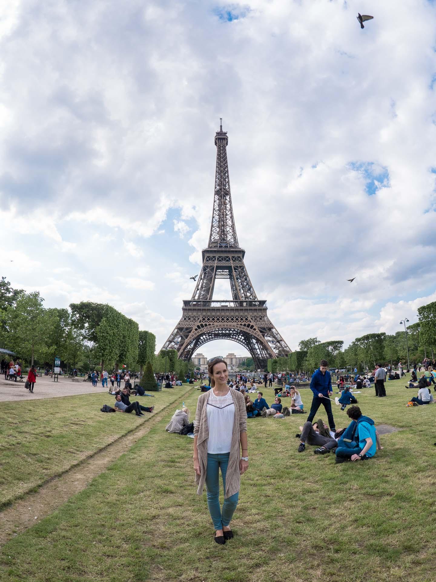 Paris EM Fan Meile Eiffelturm-1-2