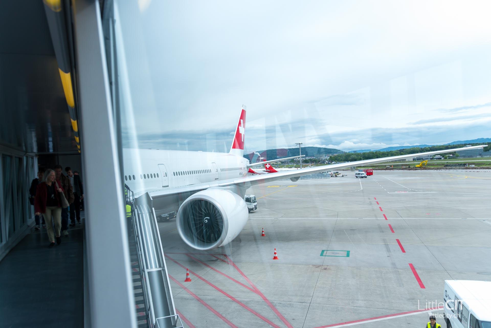 Swiss Boeing 777 Prag-1