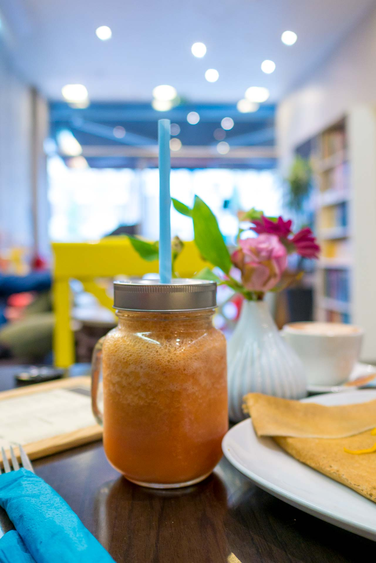 Lens Cafe L'autre Estaminet Smoothies-1