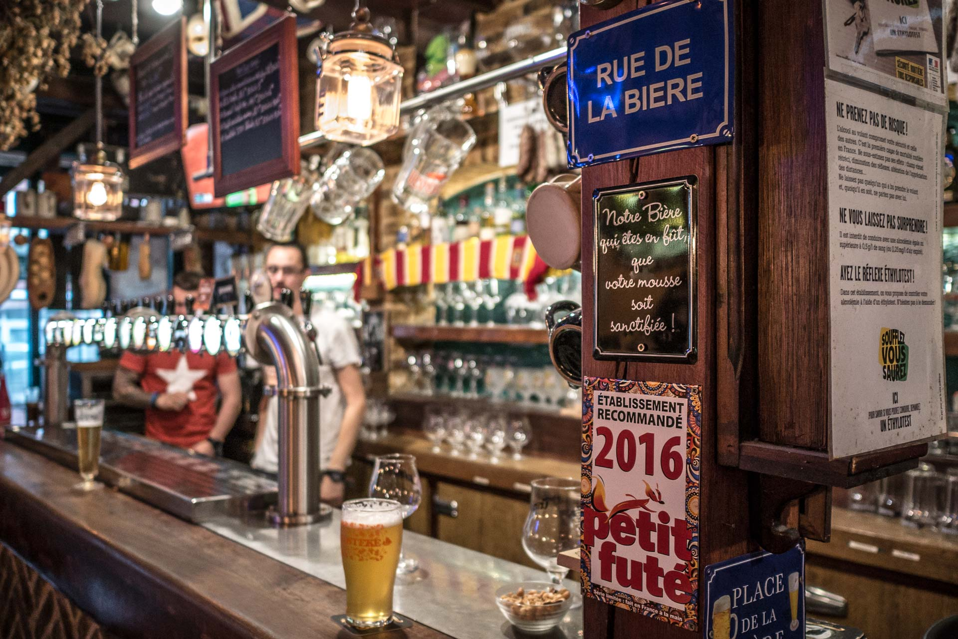 Lens Mac Evans Pub - Sport Bar-4