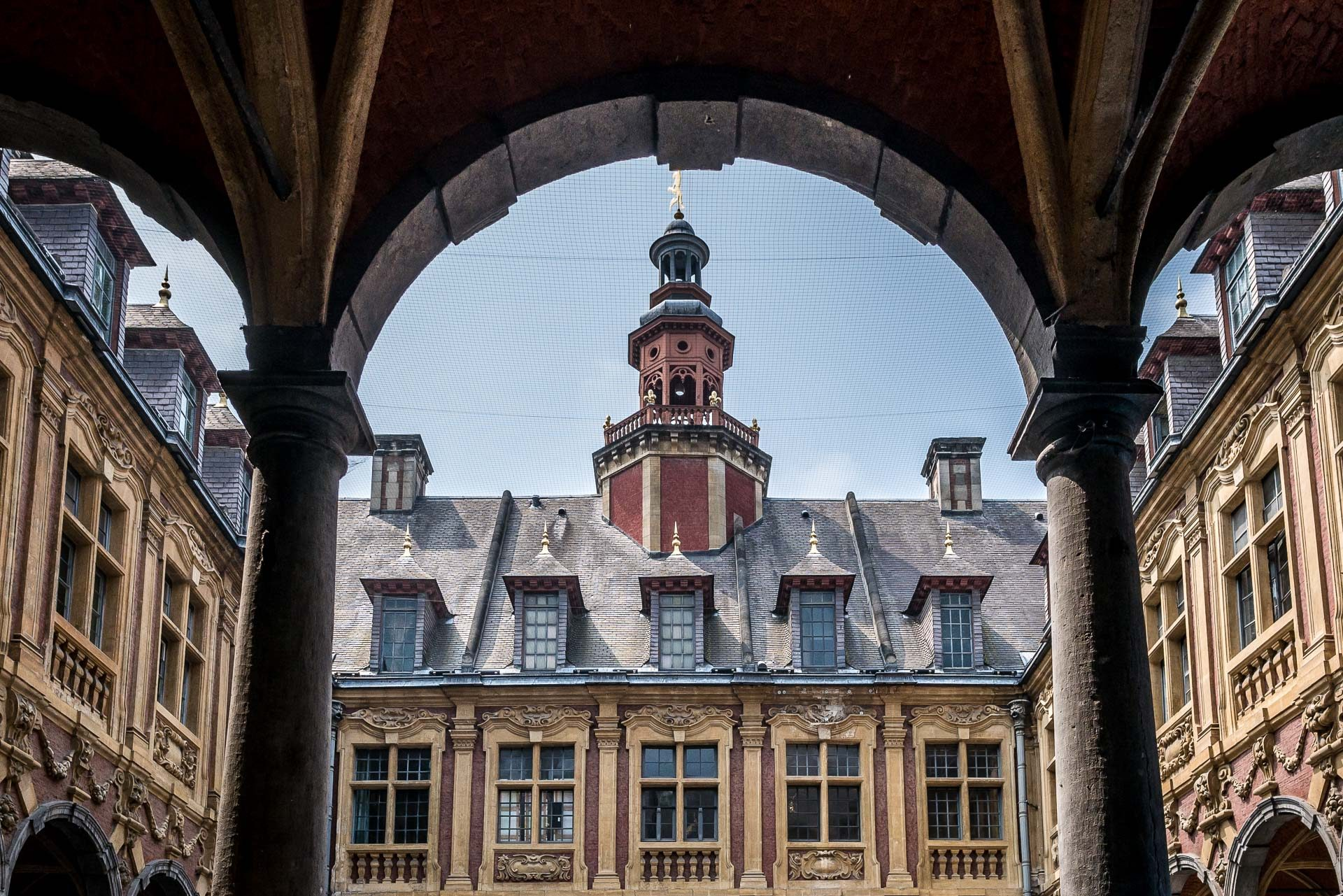 Lille Sehenswürdigkeiten & Reisetipps Alte Börse Innenhof