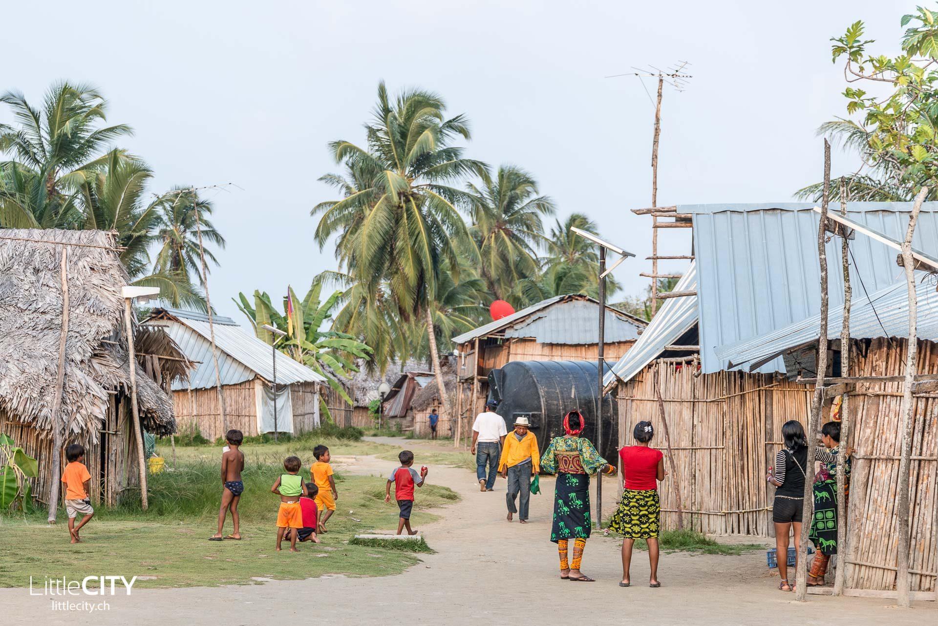 San Blas Inseln Kuna Indianer Acuadup