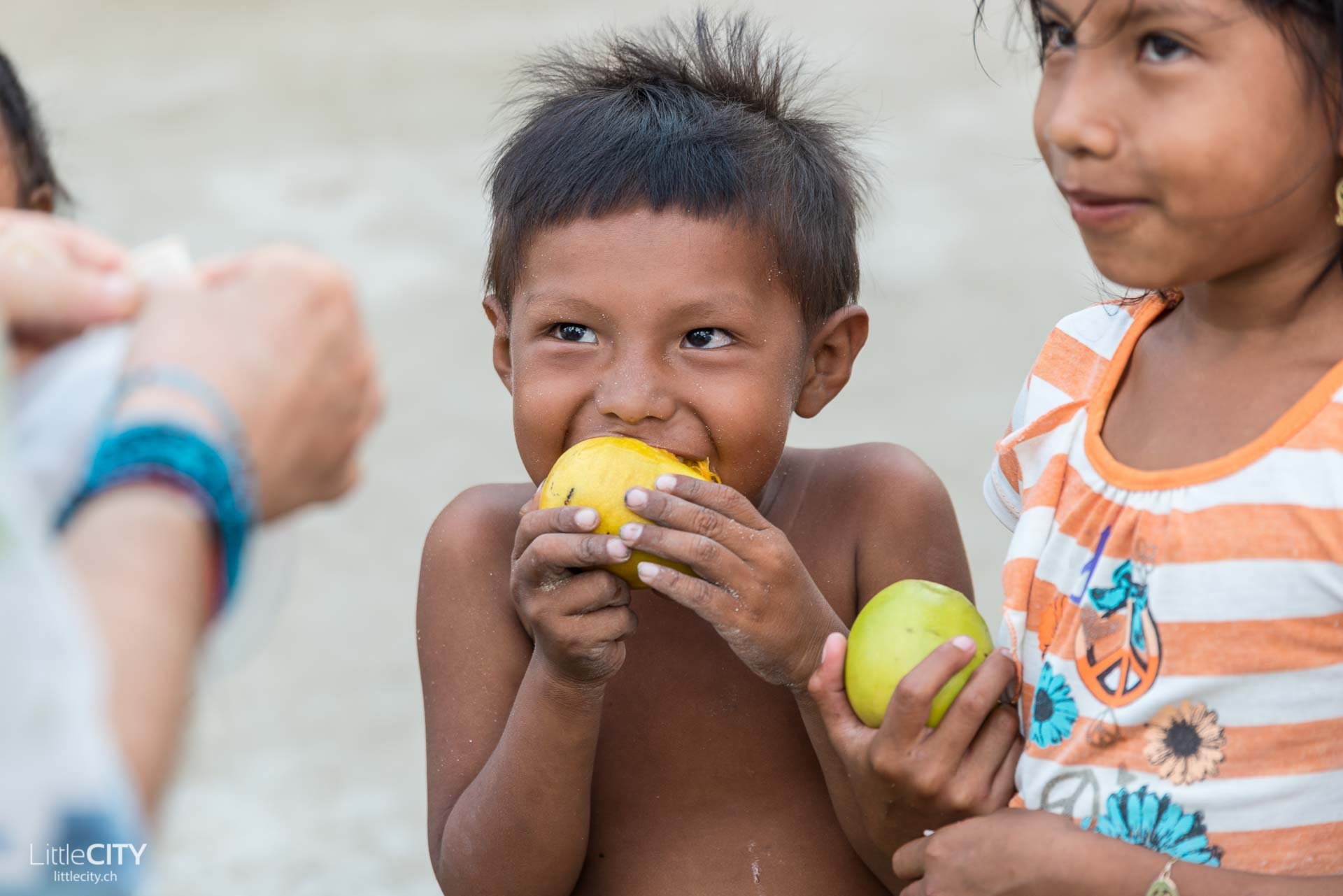 San Blas - Kuna Yala Panama Acuadup Kids-1