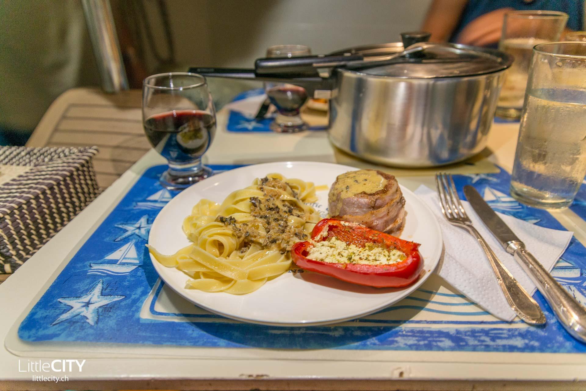San Blas - Kuna Yala - Segeln Boardküche-1