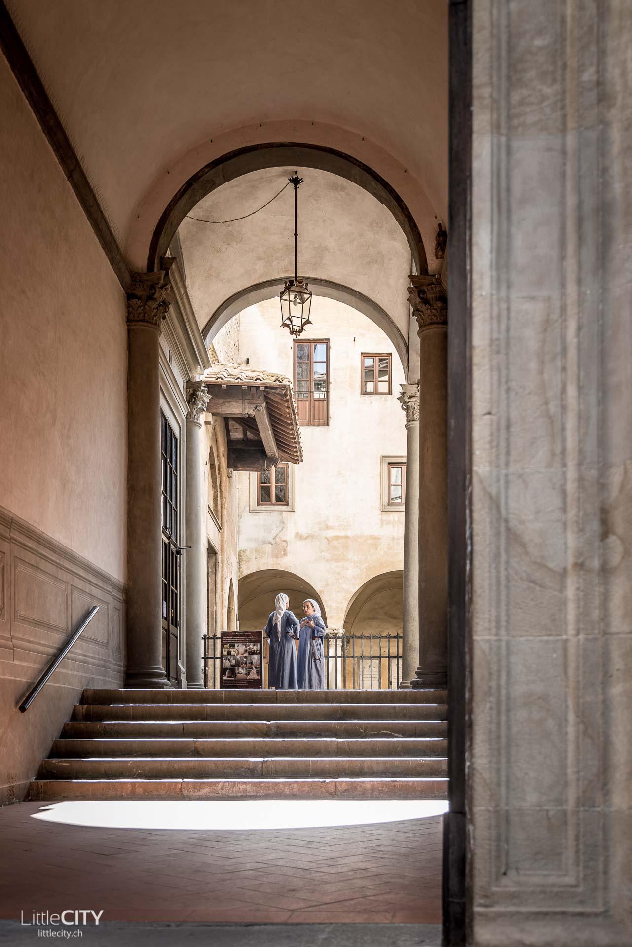 Florenz Reisetipps lustige Strassenschilder