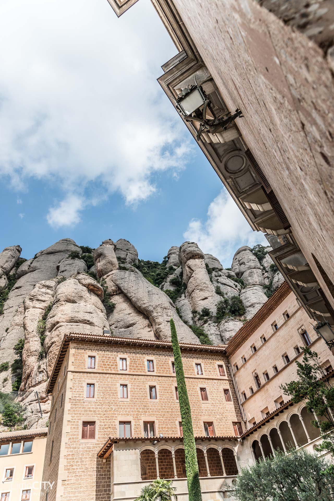 Montserrat Kloster Barcelona-1