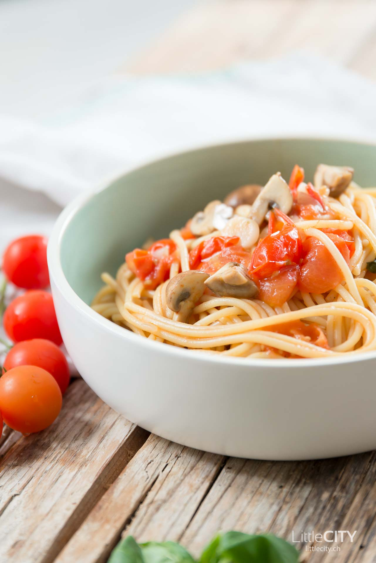 One Pot Pasta mit Tomaten Rezept-1-2