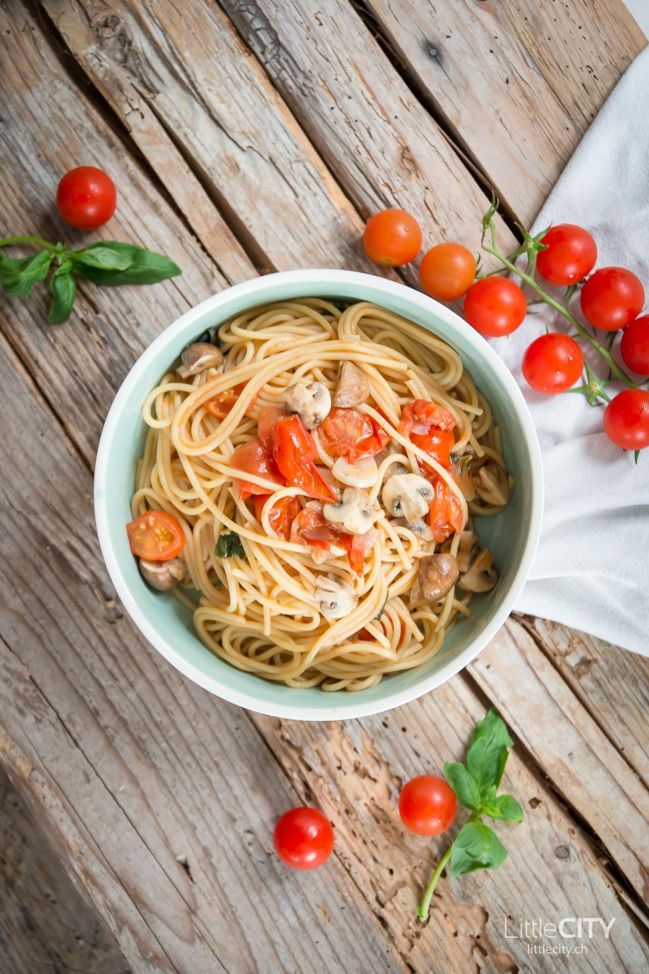 One Pot Pasta mit Tomaten Rezept-2