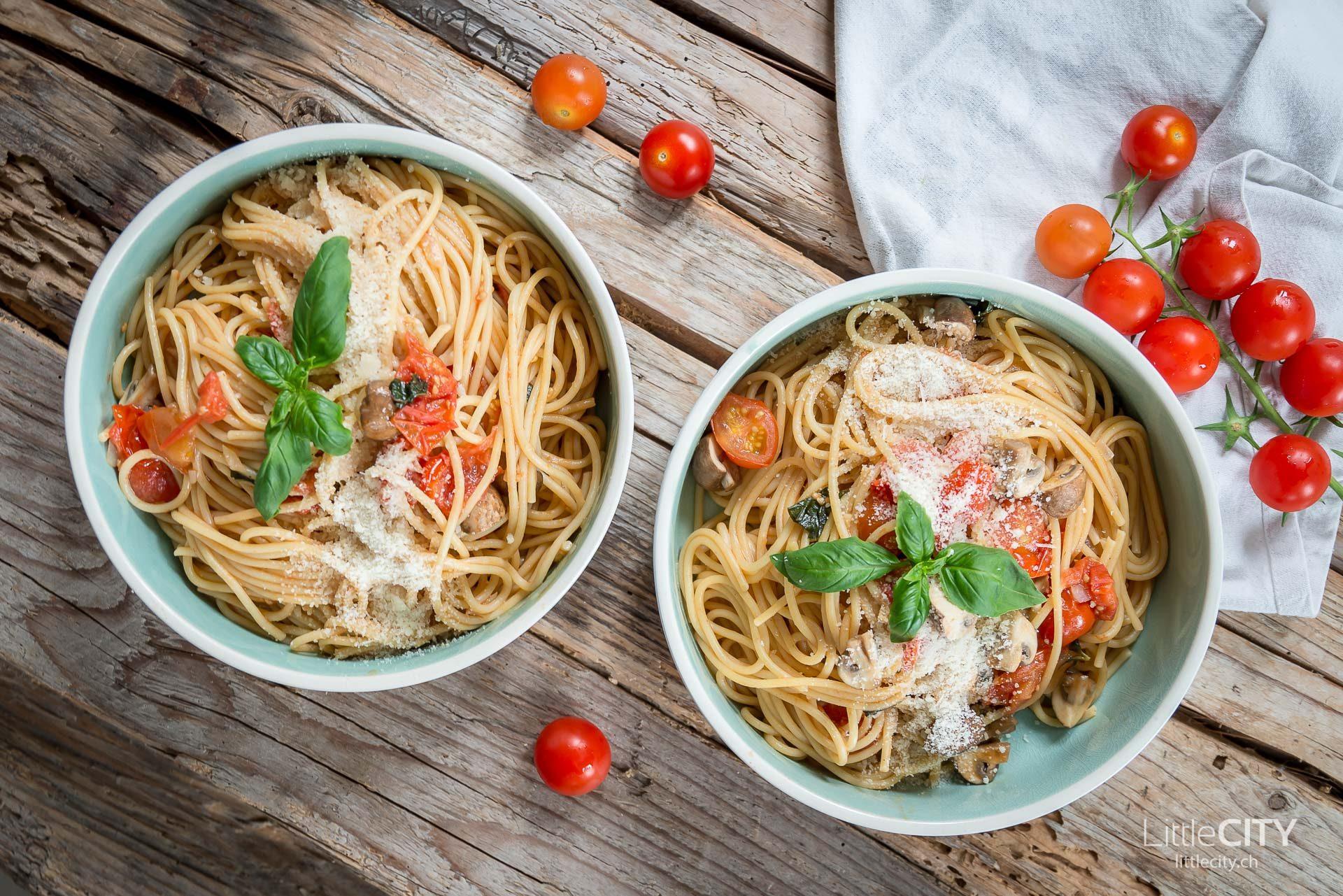 One Pot Pasta mit Tomaten Rezept