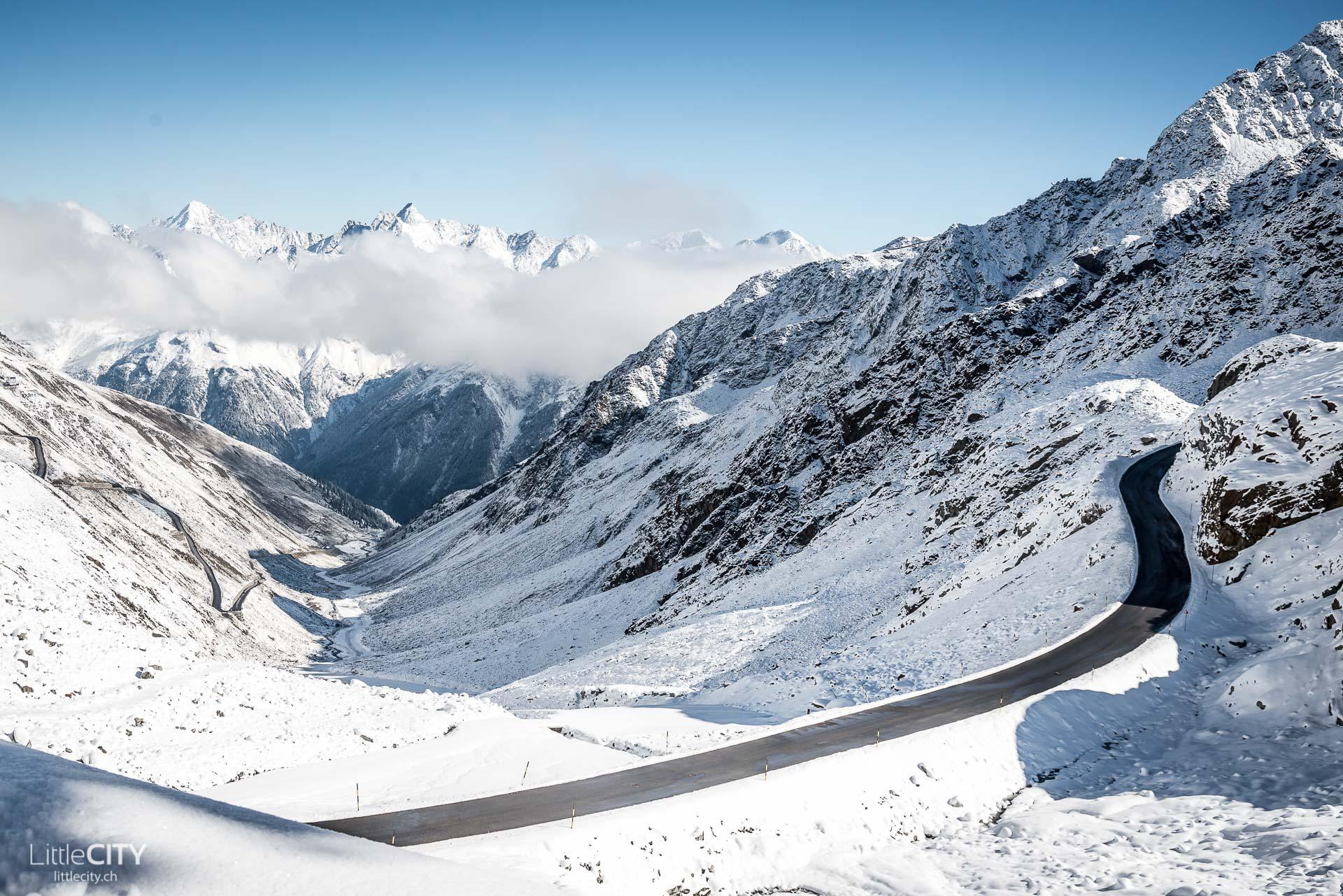 Passstrasse Tiefbach Gletscher Sölden
