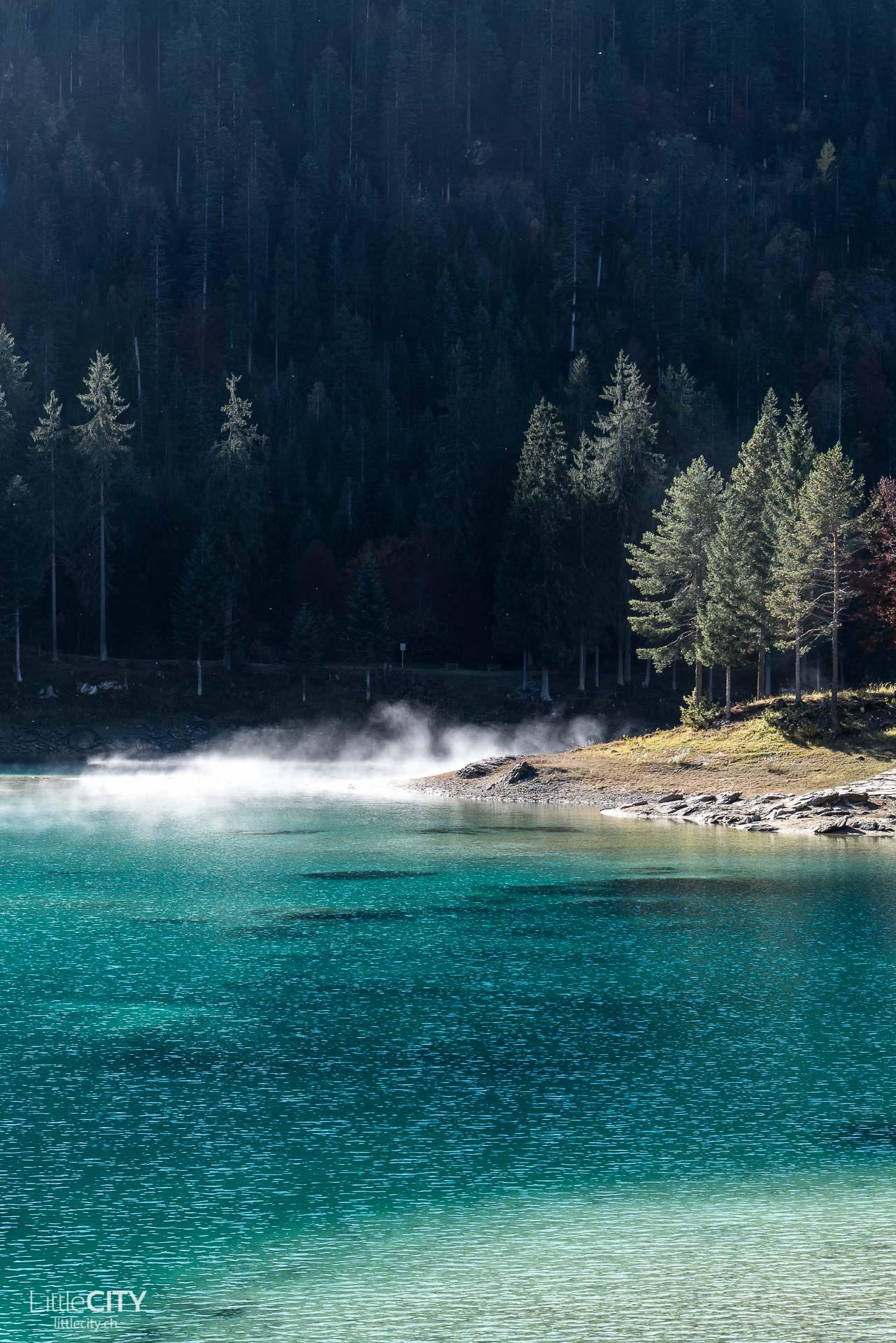 Caumasee in Flims im Herbst