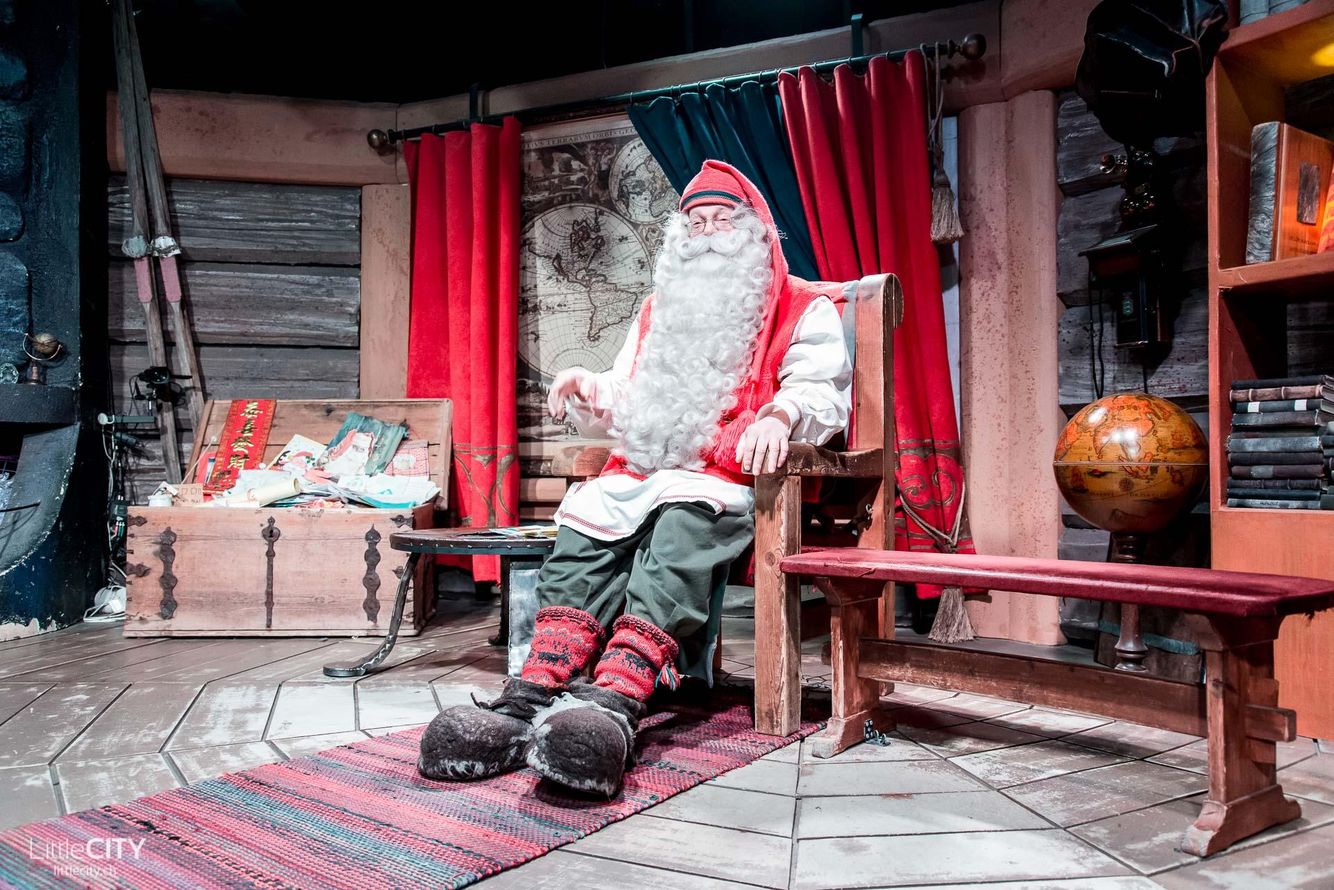 rovaniemi-santa-clause-village-weihnachtsmann