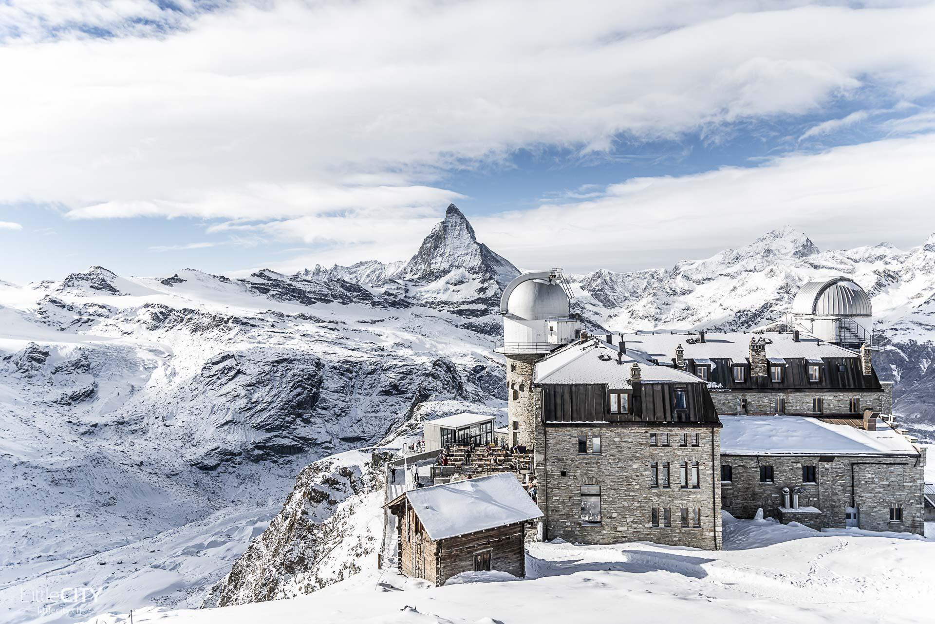 Gornergrat Aussichtsplattform mit Sicht auf das Matterhorn in Zermatt