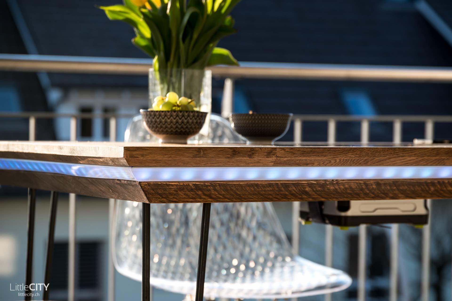 balkon tisch cheap rund gartentisch balkontisch. Black Bedroom Furniture Sets. Home Design Ideas