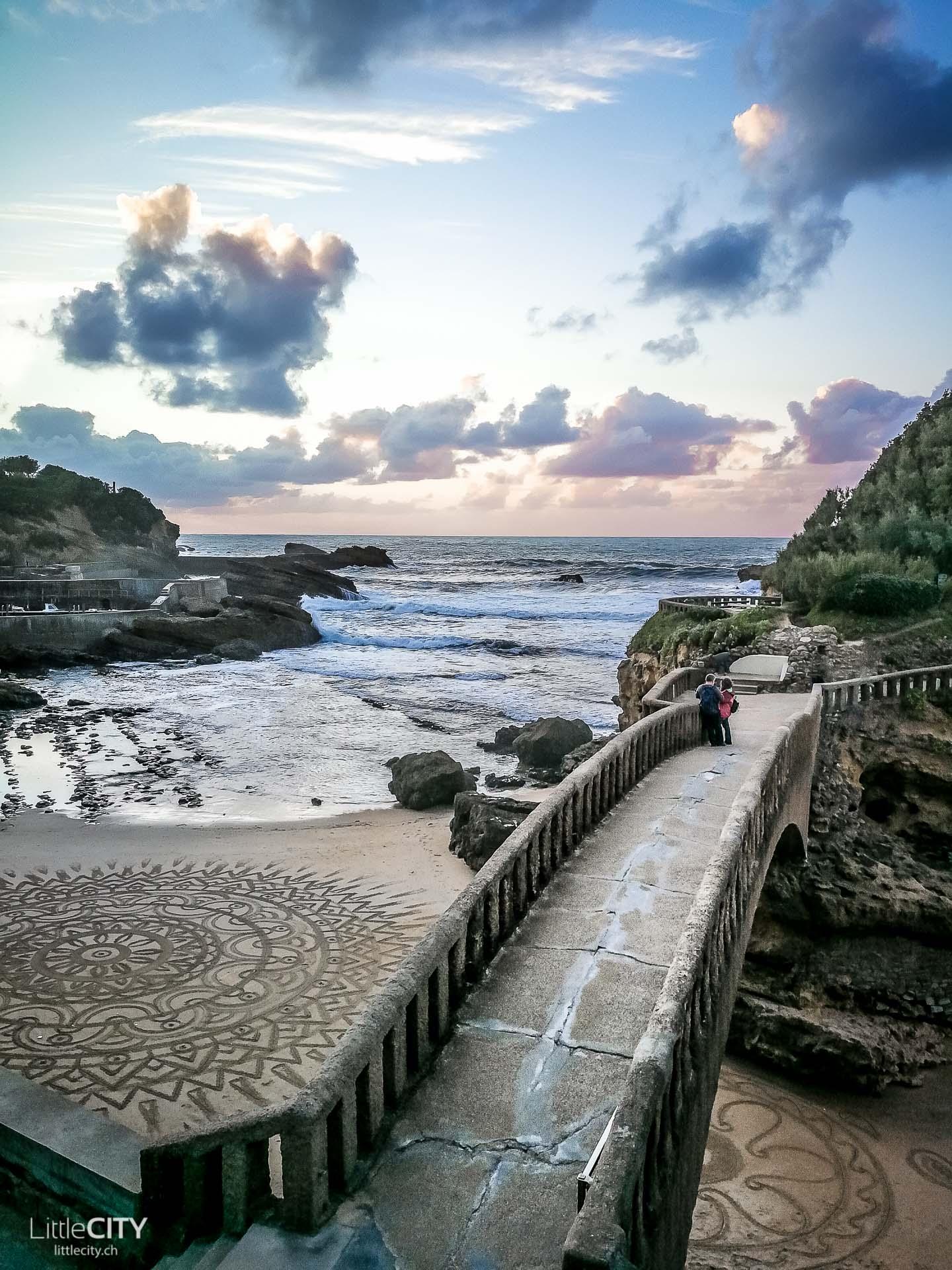 Biarritz Frankreich Sonnenuntergang am Strand