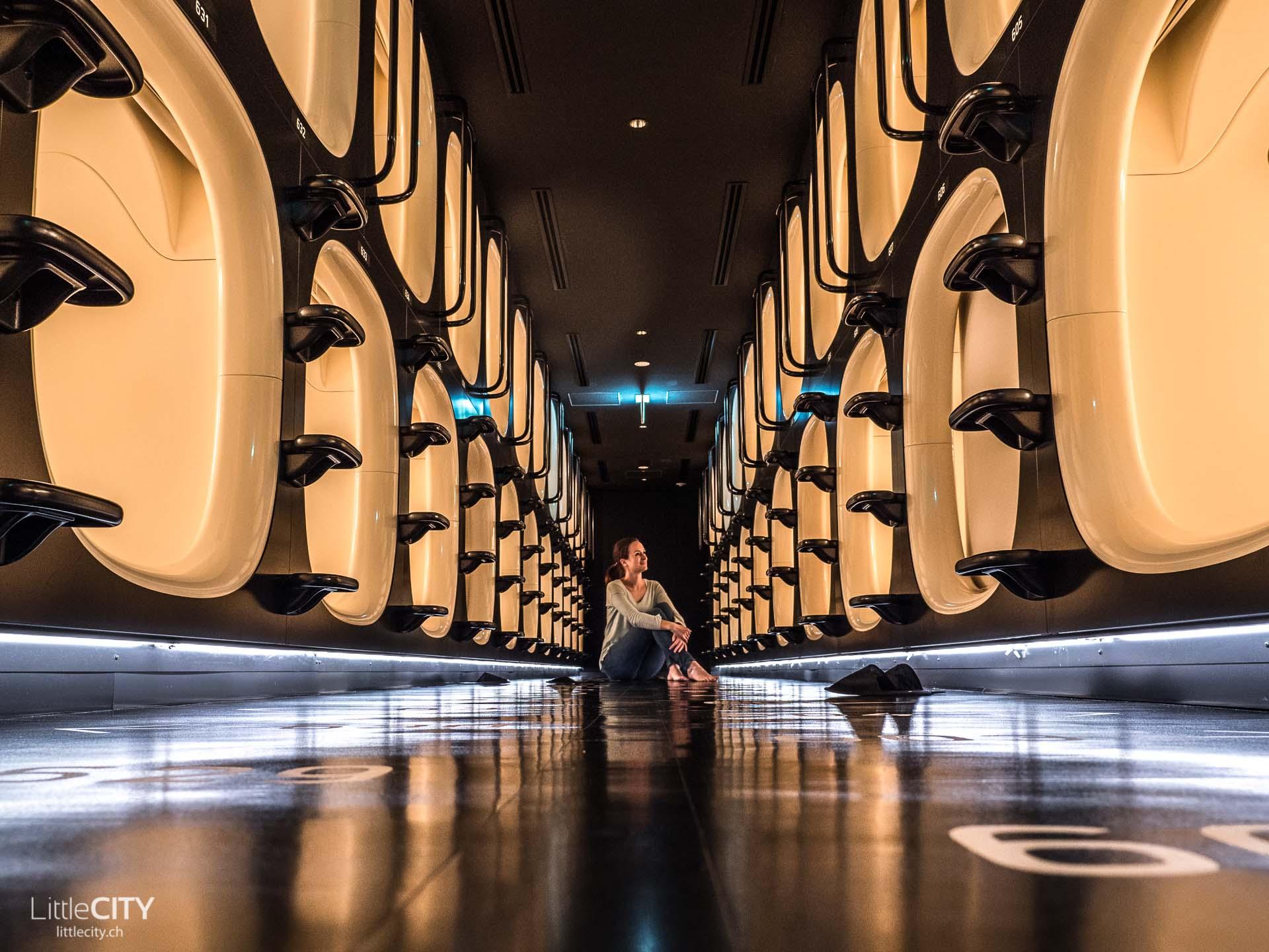 Capsule Hotel in Tokio - Nine Hours Sinjuku North
