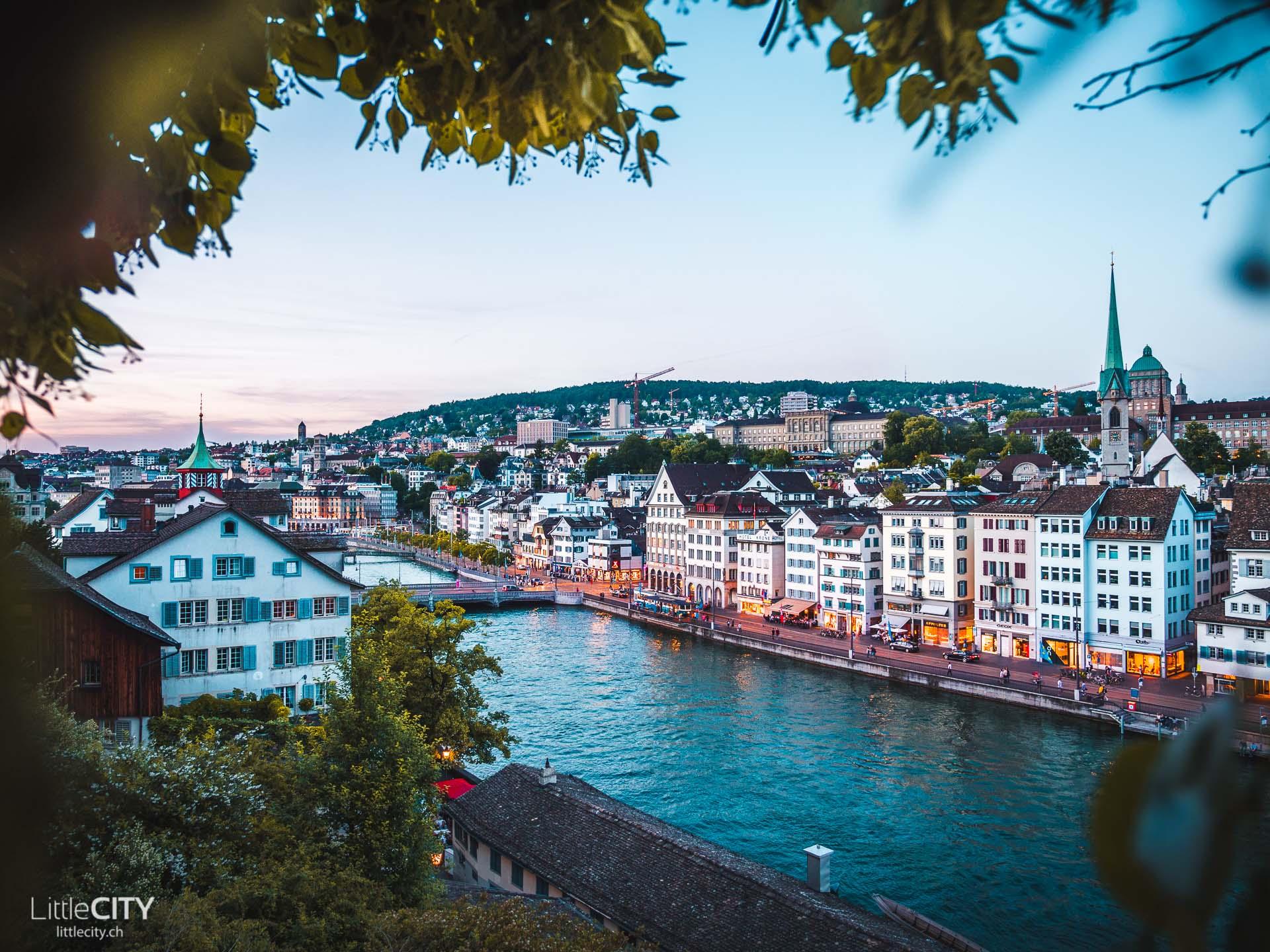 Zürich Sehenswürdigkeiten Lindenhof Sonnenuntergang