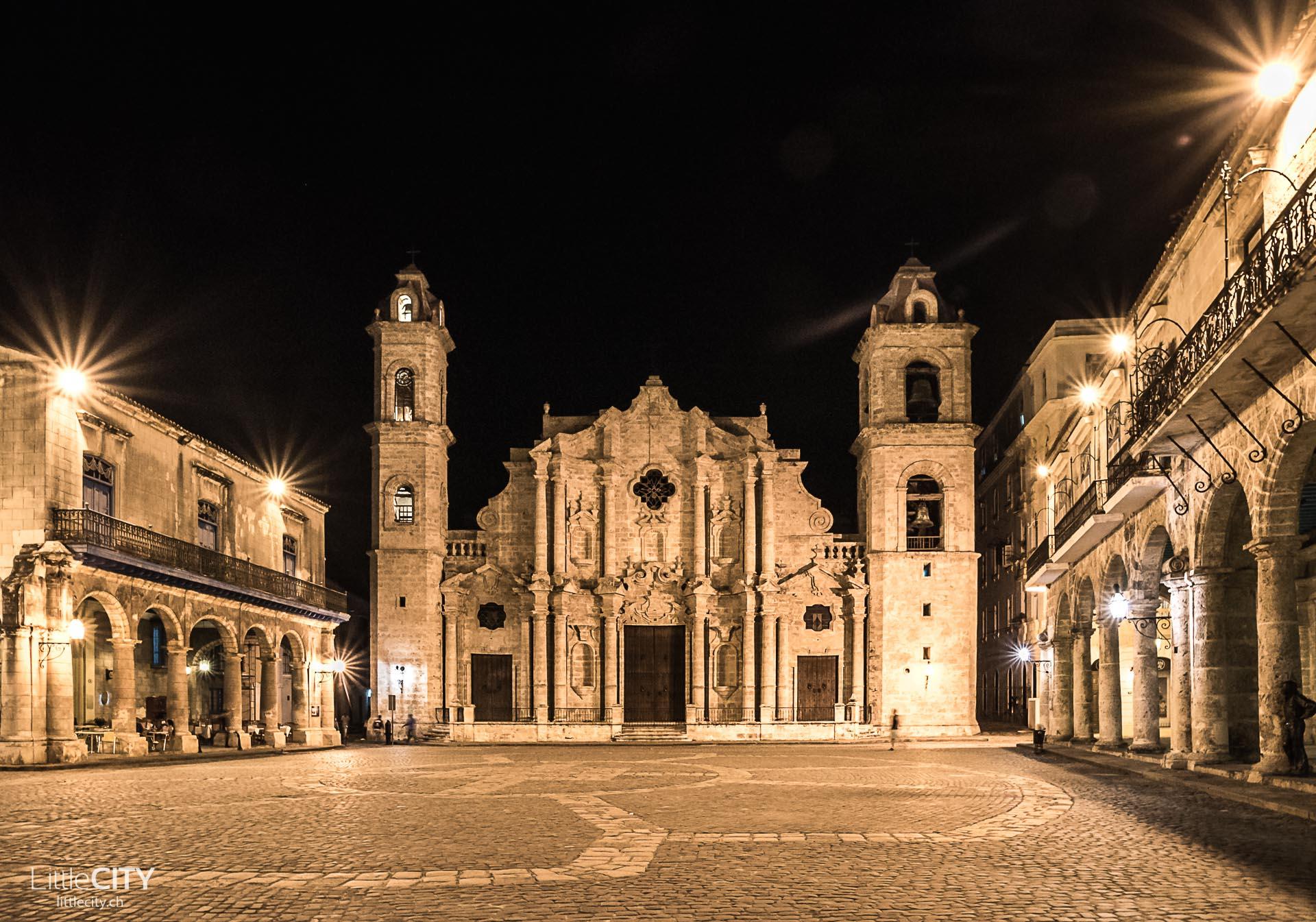 Plaza de la Catedral & Kathedrale von Havanna