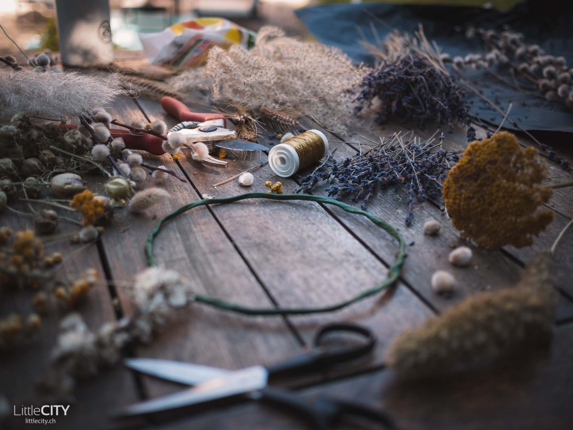 Kranz aus Trockenblumen DIY