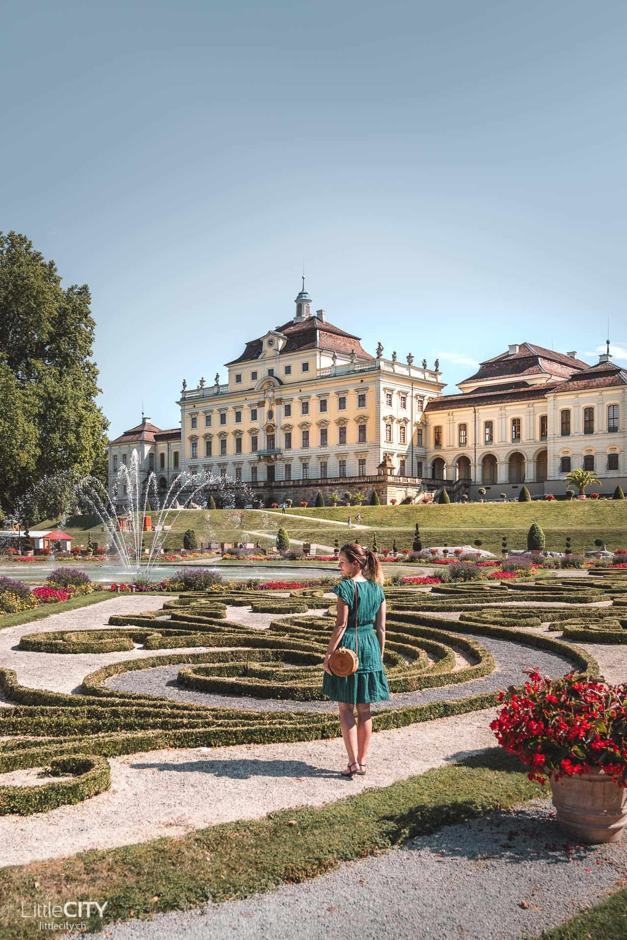 Schloss Ludwigsburg Parkanlage mit Kürbisausstellung